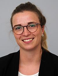 Sophie Beyer (Bye)
